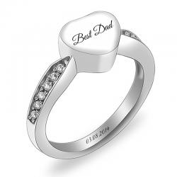 The souvenir heart ring