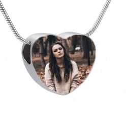 The delicate silver heart...